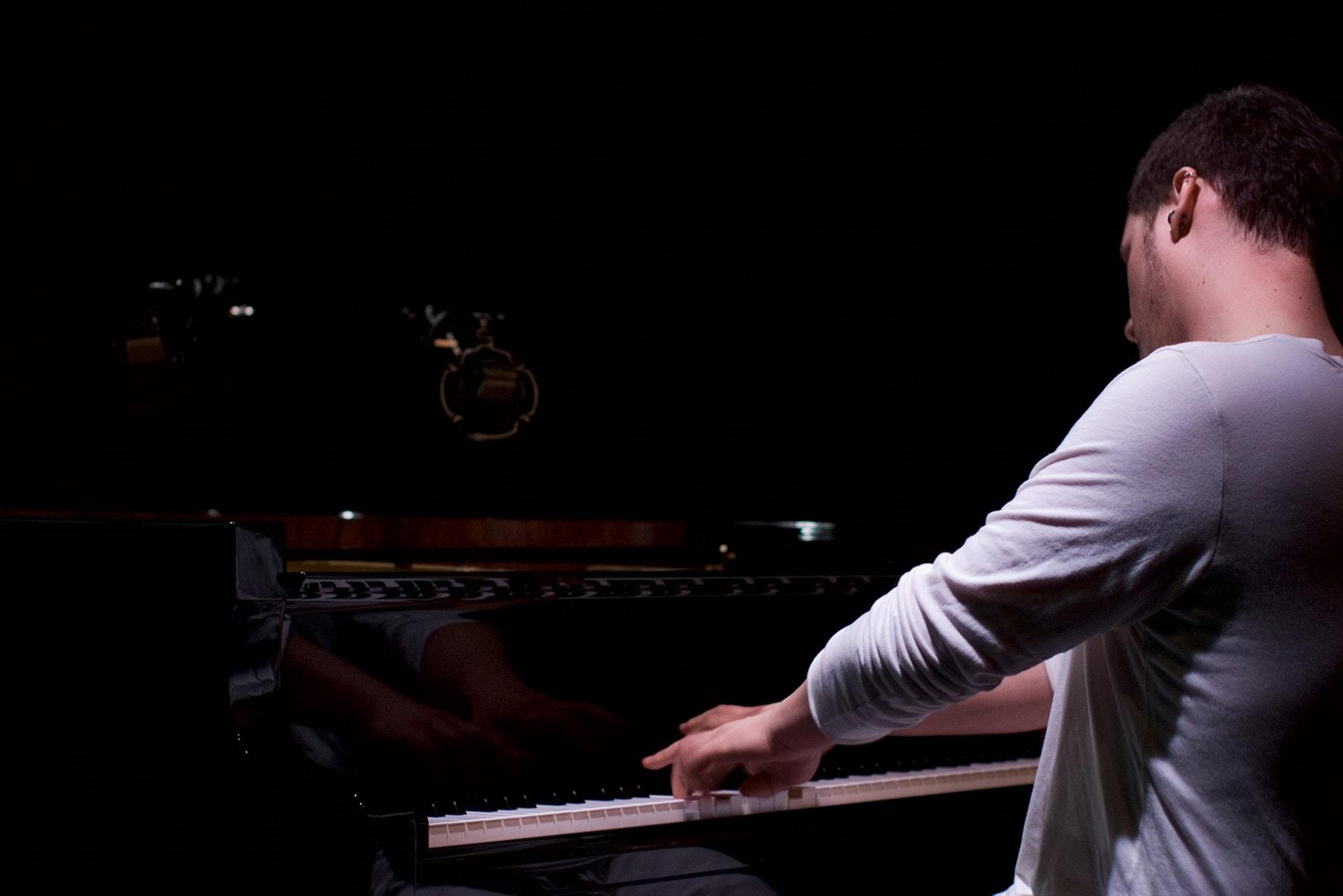 Randy Gibson performing <em>Aqua Madora</em> at ″Triplicate″ at the Gene Frankel Theater, May 2-3, 2008